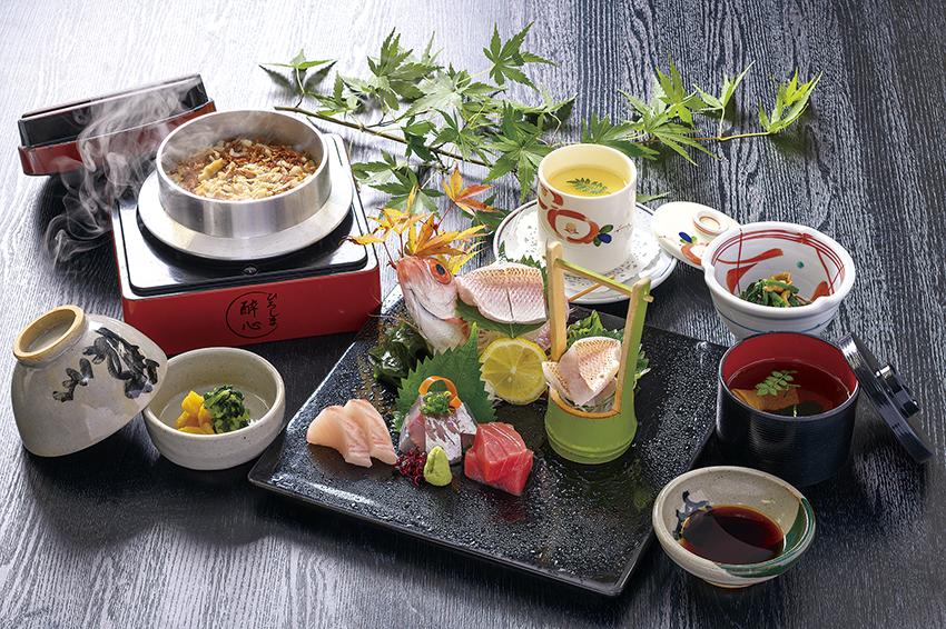 本日の鮮魚5種盛り『刺身定食』市場直送!新鮮朝〆