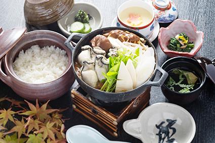 牡蠣土手鍋定食【季節限定】