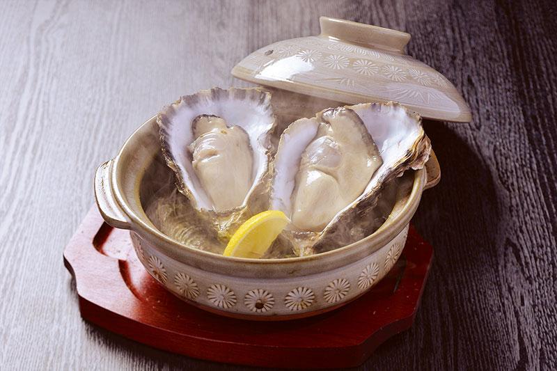 殻付き牡蠣の酒蒸し(1個)