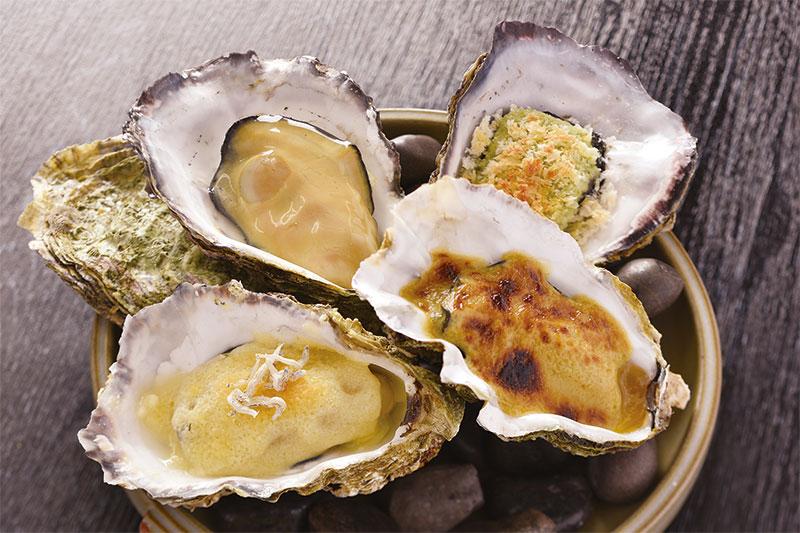 焼き牡蠣四種味くらべ