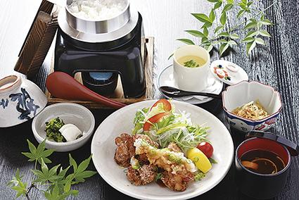 広島産鶏の唐揚げおろしネギポン酢定食